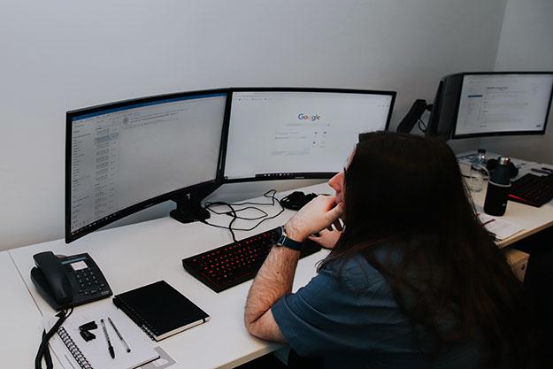 Senior Software Developer Ollie Thumb